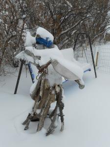 Snowy garden angel