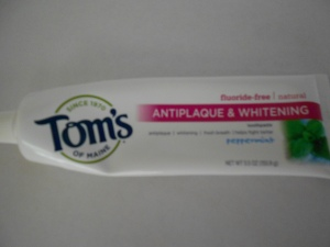 natural toothpaste without fluoride